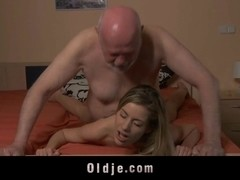 Old man fucking his young coed in intership