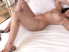 Jessie in Feeling Sexy - Anilos