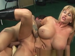 Penny Porsche (She Squirts-Very Good-Hotmomnextdoor)