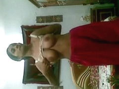 Indian big tits glirl on cam Camaster