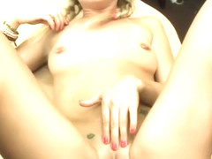 Pretty amateur blonde babe fucked for her puppys vets bill