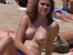 Very cute body Topless on the Beach