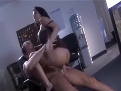 Alexis Amore - The Closer (0)