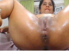 latina milf open pussy wide and squirt and fuck PART1