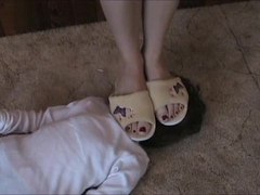 Doll Trample sniff