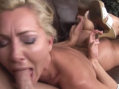 Lisa DeMarco likes to have a cock in her mouth