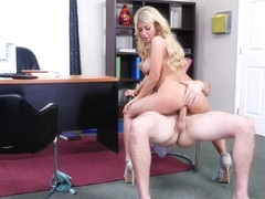 Kayla Kayden Fucking In The Desk With Her Bubble Butt - NaughtyOffice