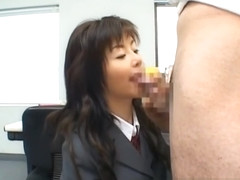 Akane Hotaru gives a hot blowjob 2 part3