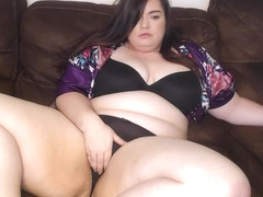 BBW Shakes Ass in Lace Panties