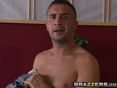 Brazzers Main Channel - Chloe Reese Ryder Francesca Le Keiran Lee - Big Bone Bonanza