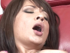 Coco Velvet Gets Her Pussy Worked! - SwankPass