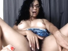 Mature glasses hairy pussy Aug-20-2019