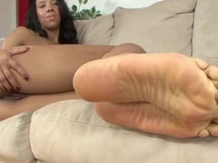 Wet pussy masturbating with Sophia Fiore