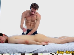 Muscular hunk sucks oiled up massage client