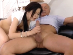 Amateur eurobabe pleasures british geriatric