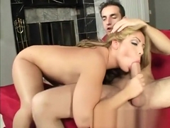 Busty bimbo Lorena Sanchez wants to get reamed in doggystyle