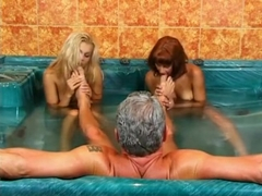 Sunny Blue and Nicolette Pal - Jacuzzi Sex