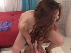 Jasmine Rose rides on Sybian to orgasm