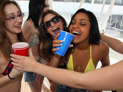 Allee Mack, Kenna Kane, Victoria Lawson - That Babe Asks Me 4 Creampie
