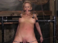 Amateur Bdsm Girls Enjoy Pain For Fun