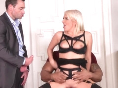 Layla Price - A Suspect's Tasty Dick