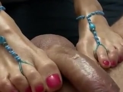 Penis massage with sexy pretty feet and happy ending