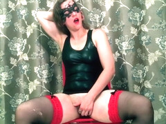 Whip slaps and orgasms for HotwifeVenus.