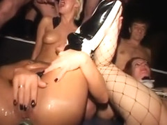 Silke Maiden, Salome Dani Sun drink piss and enema in Berlin 2 Porn Video2