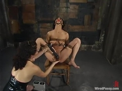 Nadia Styles in Wiredpussy Video