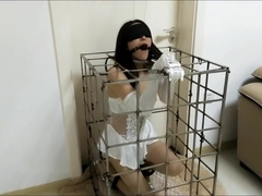 Chinese Bride Bondage in Cage