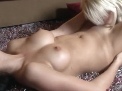 Cunnilingus porn video featuring Mia Reese and Melissa Mendez