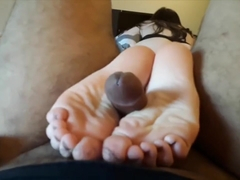 SOLES UP TICKLING FOOTJOB: FISHNET STOCKINGS AND OILY BARE FEET - Trailer