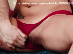 Amateur sexy babe Jessica Jones pick up by strangers and gets pussy fucked