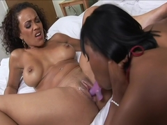 Sexy Black Women Tongue And Dildo Their Pussies