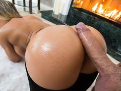 Cali Carter & Keiran Lee in Fireside Fap - BrazzersNetwork