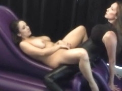 Strapon Jane Goes Deep Jewell Marceau (scene 3)