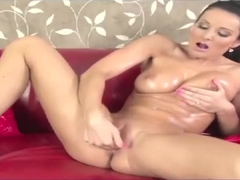 Vanessa Jordin Oils Herself Up and Squirts