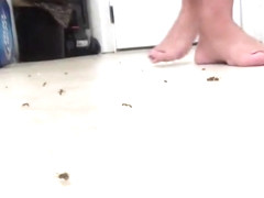 unaware flip-flop ant crush