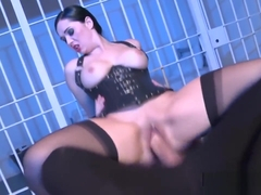 Guards Angell Summers Fucked Hard