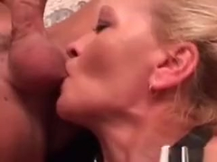 Hot Mature Slut Is Getting Penetrated By Two Cocks