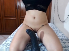 GweenBlack riding HUGE BBC for the first time - KidBengala