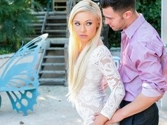Katerina Kay & Seth Gamble in North Pole #114, Scene #02