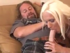 Cougar Ashlee Chambers Fucks the Pussy Hunter