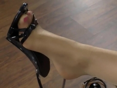 STACI CARR'S FOOT TEASE