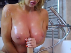Leigh Darby - Bathing Your Friend s Dirty Mama