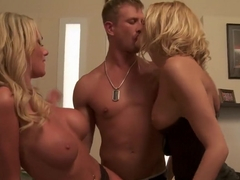 Blonde bimbos threesome fucking