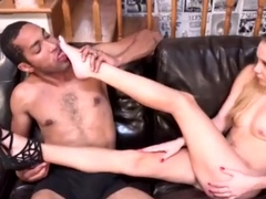 Unearthly Hollie Mack is makeing dude cum