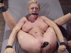 Electro Fuck Doll: Tough blonde babe submits to sadistic goddess!