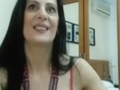 Very sexy spanish mother i'd like to fuck in cam