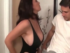 Divorced & Angry MILF Decided To Seduce Random Stranger